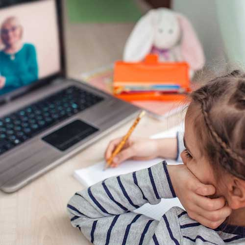 Online-Classroom: Easy solutions for E-Learning and Remote Teaching from Home